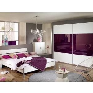 Schlafzimmereinrichtung - Schlafzimmer in brombeer/weiß - Hochglanz