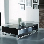 Wohnzimmereinrichtung - Couchtisch modern - schwarze Glasplatte